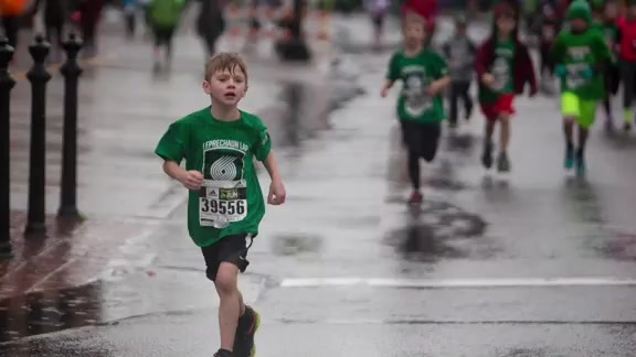 Video: Inaugural 'Blazers Leprechaun Lap' at adidas Shamrock Run