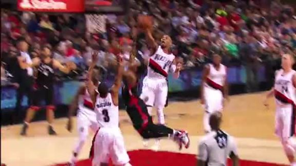 Video: Top 10 Blocks of 2015-16