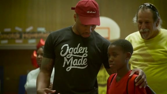 Video: Lillard, Moda Provide Backpacks & School Supplies for Kids