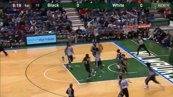 Jabari Parker Smashes in the Scrimmage