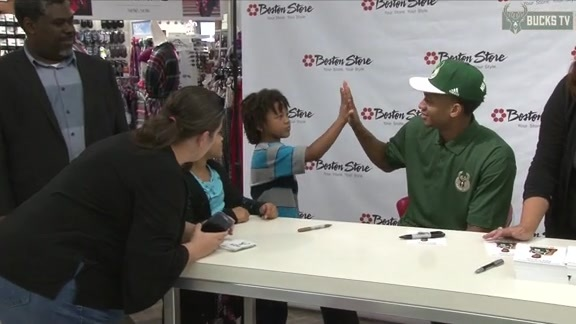 Rashad Vaughn Visits Boston Store