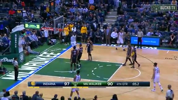 Highlights: Milwaukee 92 - 97 Pacers