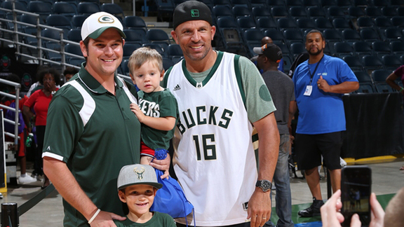 Fans Join Jason Kidd To Shoot Down Cancer