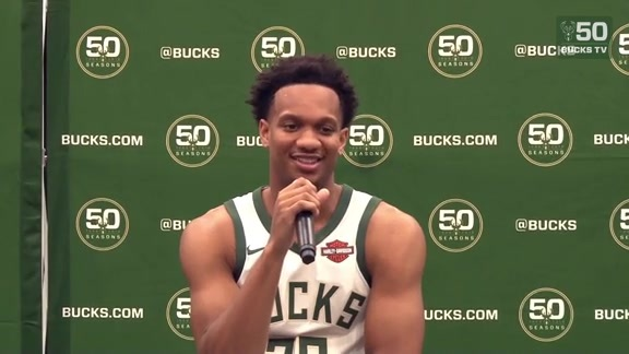 Giannis Has Another Joke For Media Day