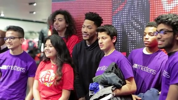 Derrick Rose surprises teens at Adidas Store