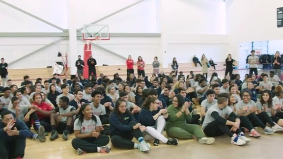 CDW AND CHICAGO BULLS HOST COURT OF DREAMS FOR STUDENTS