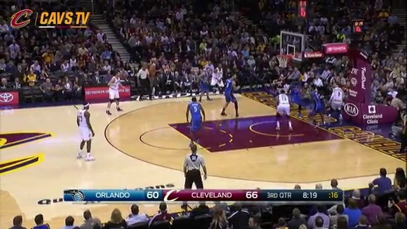 Thompson Throws It Down - November 23, 2015