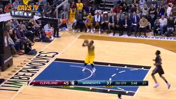 KLove Finds J.R. Again for the Dunk - January 8, 2016