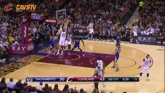 LBJ Finds Moz on the Fastbreak - February 8, 2016