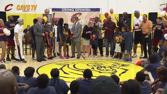Cavs and RUST-OLEUM Brighten Up Local Rec Center