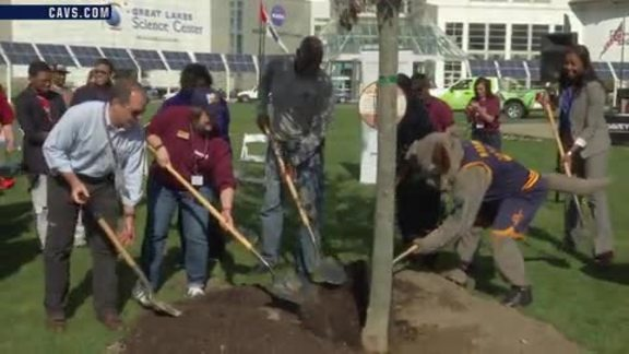 Cavs and PwC Making Cleveland Greener