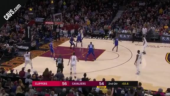 LBJ Nails Jumper at End of Half
