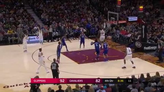 LBJ Drops a Quick and Simple Dunk