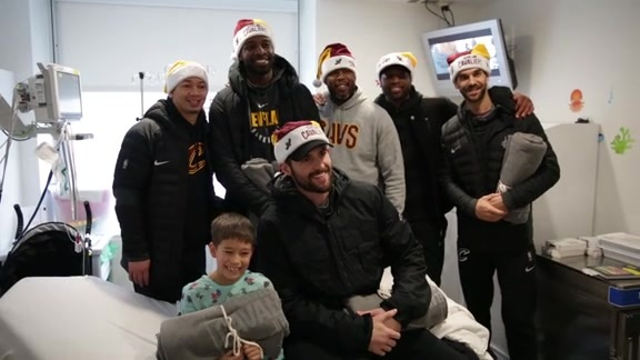 Cavs Visit Cleveland Clinic Children's
