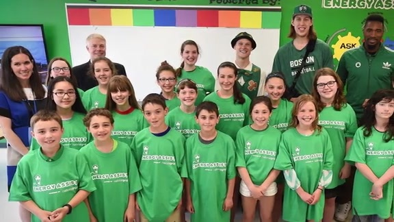 Olynyk, National Grid Unveil New Celtics STEM Lab