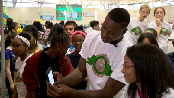 Rozier Supports Youth Scholastic Event