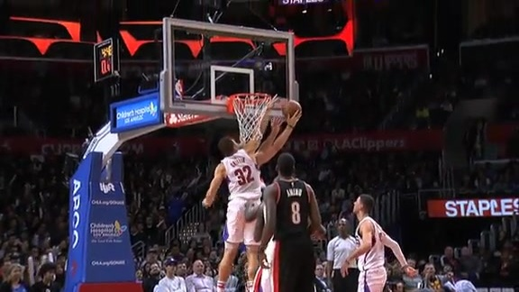 Highlights: Clippers vs. Trail Blazers - 11/30/15