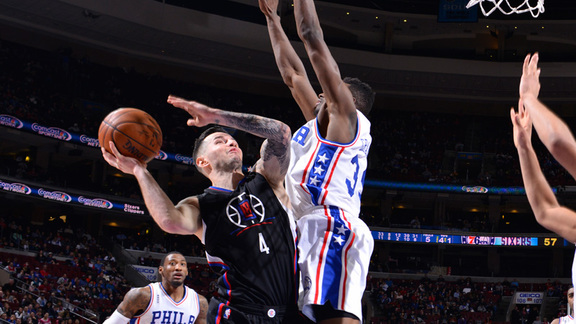 Clippers vs 76ers First Half Highlights - 2/8/16