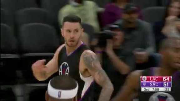 JJ Redick nets 18 points in win over Kings | 10/18/16