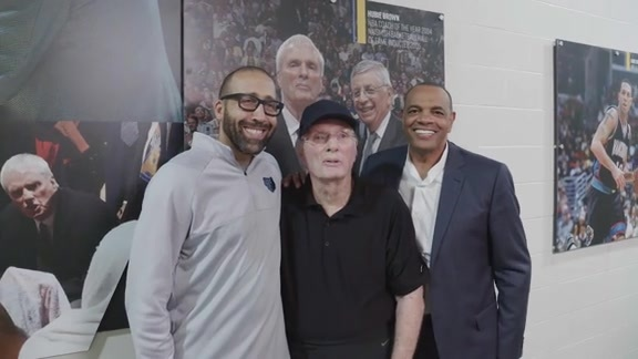 Grizzlies unveil Hubie's Hall