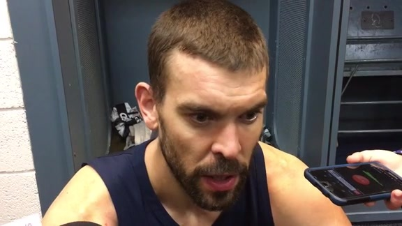 Marc Gasol on Grizzlies bench play 11.15.17