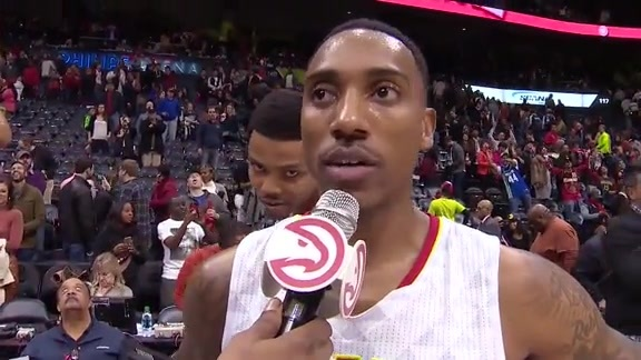 Teague Gives Shoutout To Fans (Plus A Bazemore Videobomb!)