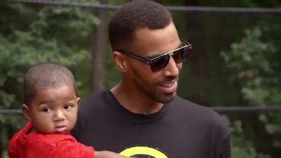 Thabo Sefolosha Motivates Local Youth at Latest Court Unveil