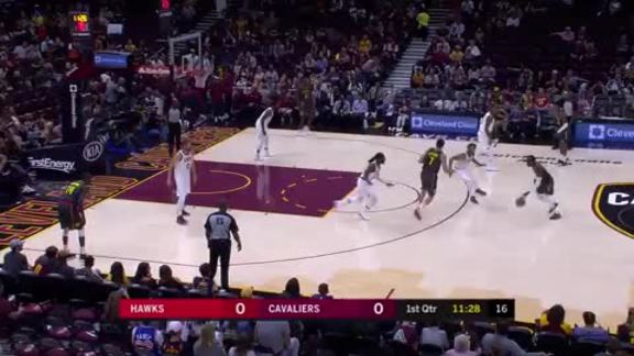 Schröder Scores 18 vs. Cavs in Preseason Action