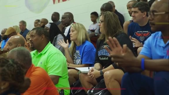 Hawks Host More Than 300 Coaches at Coaches Clinic