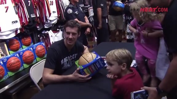 Goran Dragić at The Miami HEAT Store in Dolphin Mall