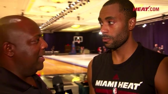 Bahamas Training Camp Day 5: Wayne Ellington 1-on-1 with Jason Jackson