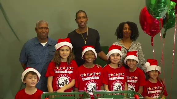 Josh Richardson Hosts Holiday Shopping Spree