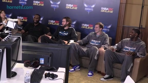 Hornets Play NBA2K Online - 10/13/15