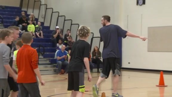 Gordon Hayward - Jr. Jazz Clinic