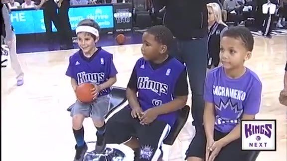 Kings NEXT Kid Dunk Competition