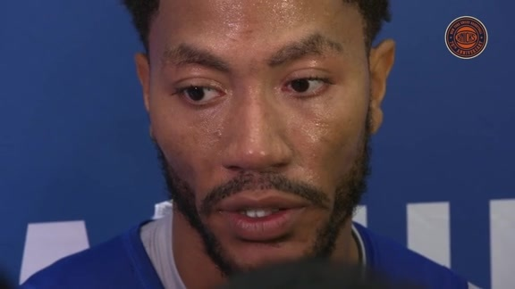 TUES Knicks Camp: Derrick Rose on His Teammates' Talents & Off-Season Workouts