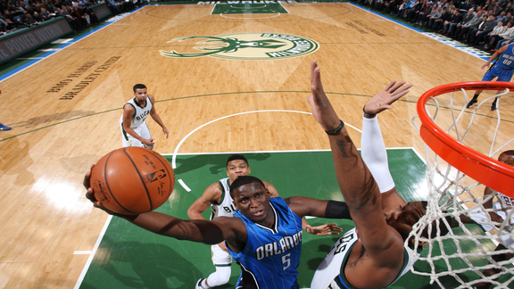 Joey Analiza: Magic vs. Bucks (Ene. 26)