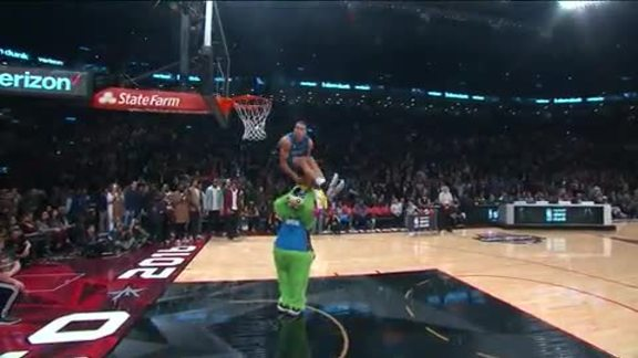 AG Dunk Contest: Over STUFF and Underneath the Legs
