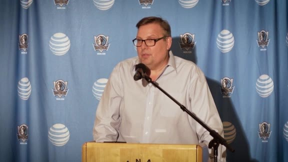 Donnie Nelson and Michael Finley on A.J. Hammons