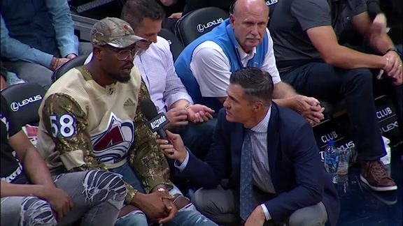 Von Miller Attends Nuggets Game and Talks to Vic Lombardi