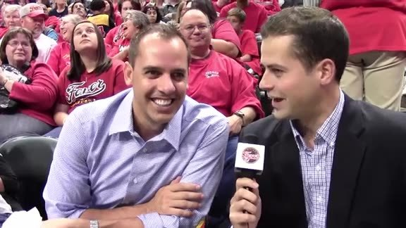 Coach Vogel Enjoys the WNBA Finals With Family