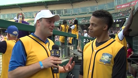 2016 Celebrity Softball Challenge: Joe Young