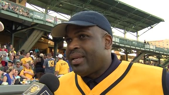 2016 Celebrity Softball Challenge: Nate McMillan