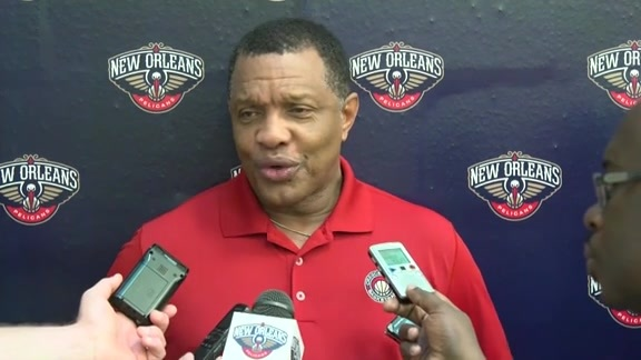 Coach Alvin Gentry talks about Pelicans practice on 10-6-2015