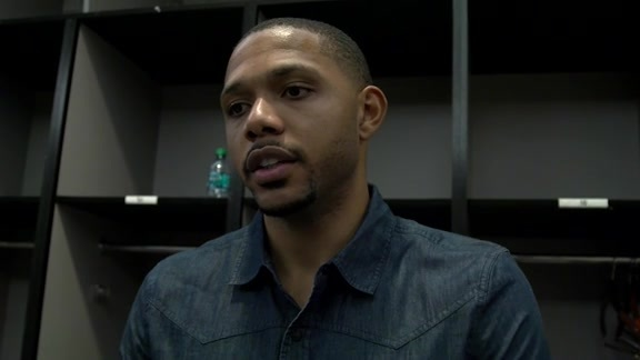 Pelicans Postgame vs. The Suns: Eric Gordon (11-25-15)