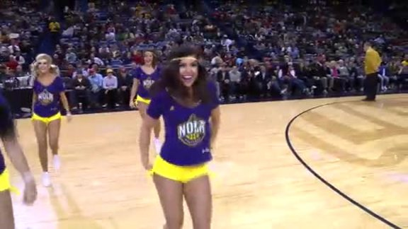 Pelicans Dance Team: 2-4-16 vs. Lakers