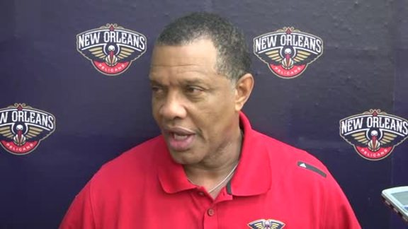 Pelicans Training Camp: Alvin Gentry 9-30-16