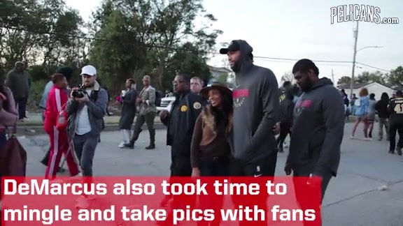 DeMarcus Cousins Donates Food in the 9th Ward
