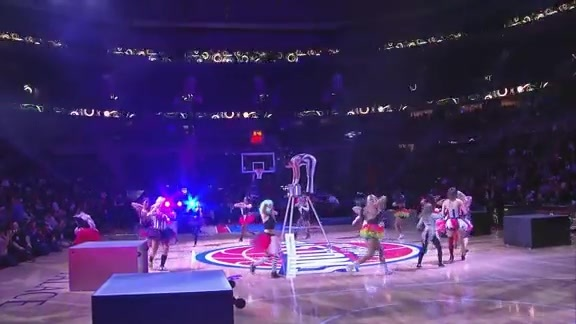 Pistons Entertainment: Rolla Bolla Circus