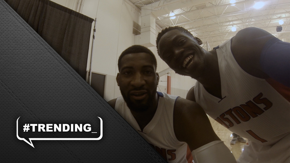 #Trending: Media Day Selfie Camera